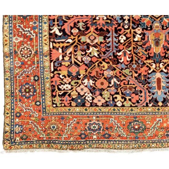 Fantastic Antique Oriental Heriz Rug - ca 1890 - Excellent Condition