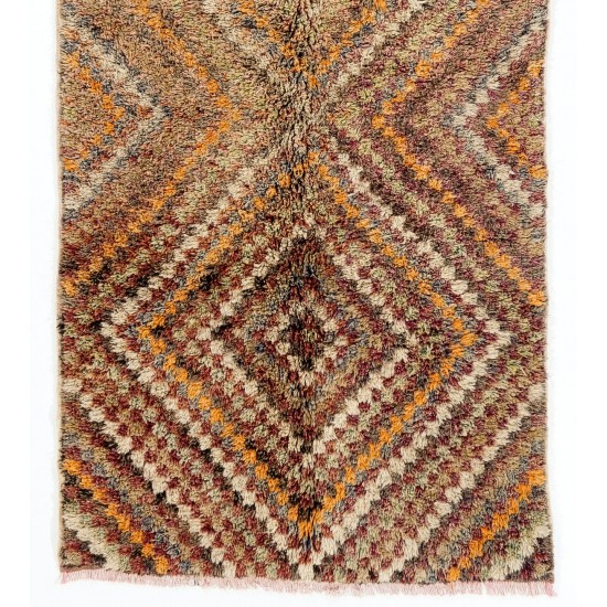 Checkered Midcentury Tulu Rug in Soft Colors