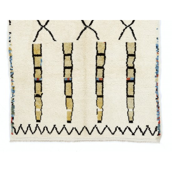 Beni Ourain Berber Rug, 100% Wool Moroccan Carpet. Custom Options Available