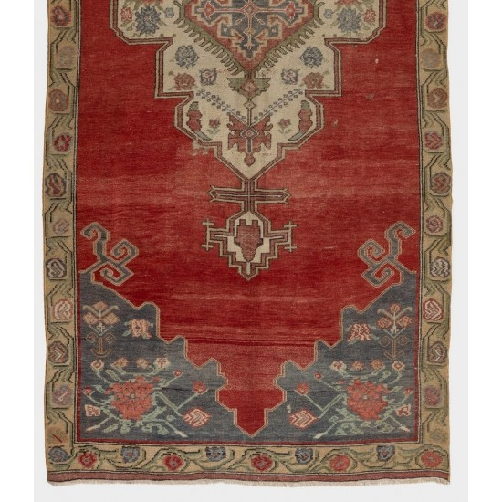 Authentic Vintage Hand-Knotted Anatolian Rug. Traditional Wool Carpet