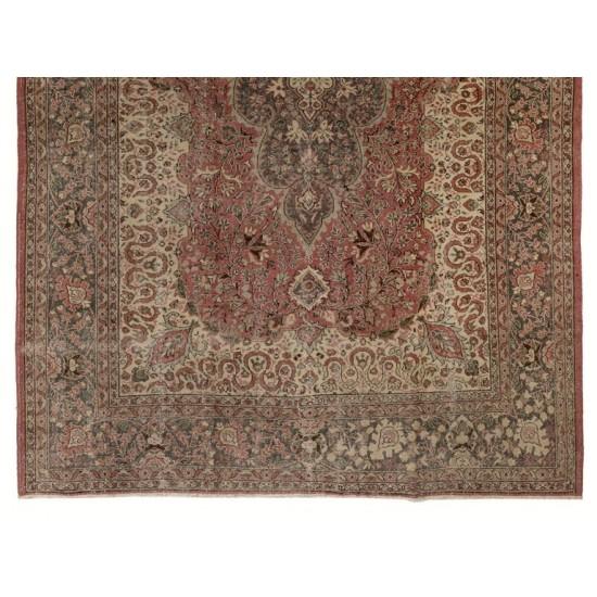 Traditional Vintage Fine Turkish Rug