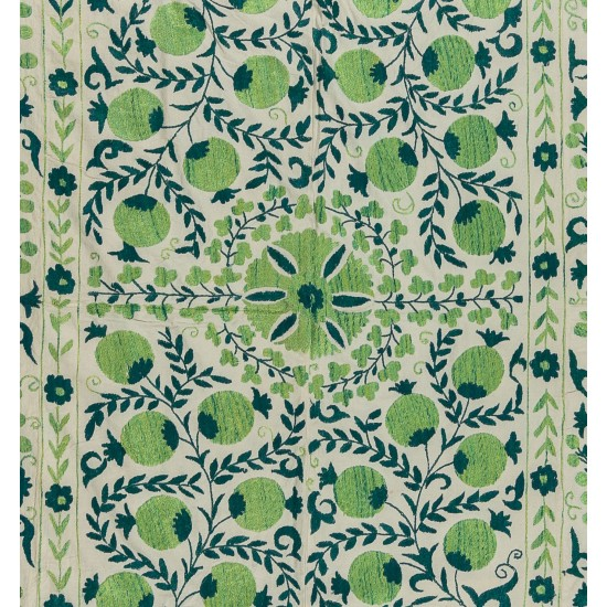 Contemporary Uzbek Suzani Textile. Embroidered Cotton & Silk Wall Hanging, Bed Cover. 21th Century